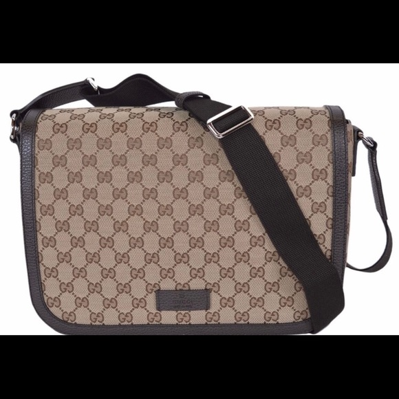 c9bb68510d0 Gucci large crossbody messenger bag purse. NWT. Gucci.  1250  1300. Size